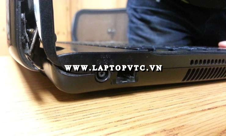 Tân Trang Vỏ Bản Lề Laptop SONY